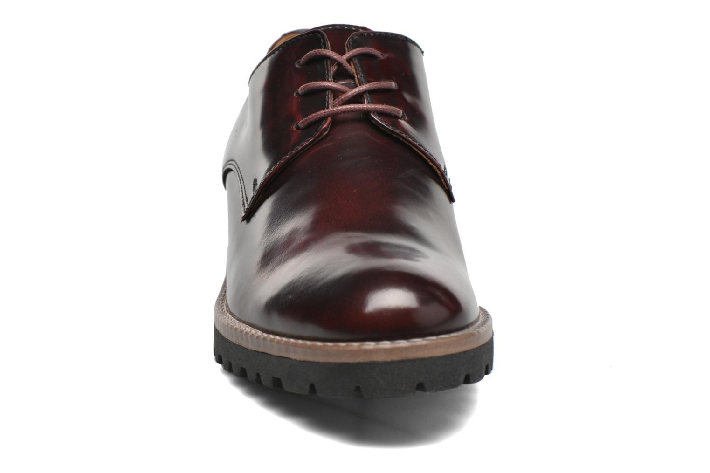 Chaussures à lacets Georgia Rose Nicran Bordeaux vue portées chaussures