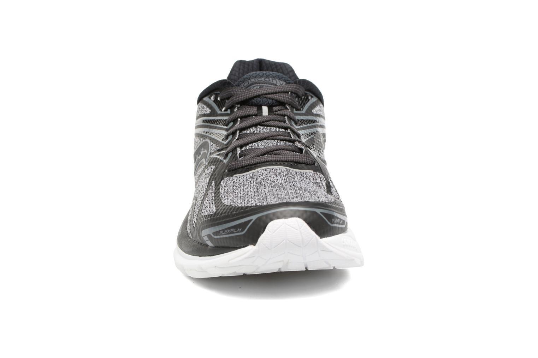 Chaussures de sport Saucony Ride 9 Noir vue portées chaussures