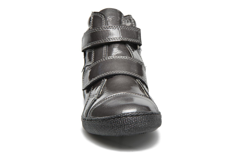 Chaussures à scratch Primigi Anne-E Gris vue portées chaussures