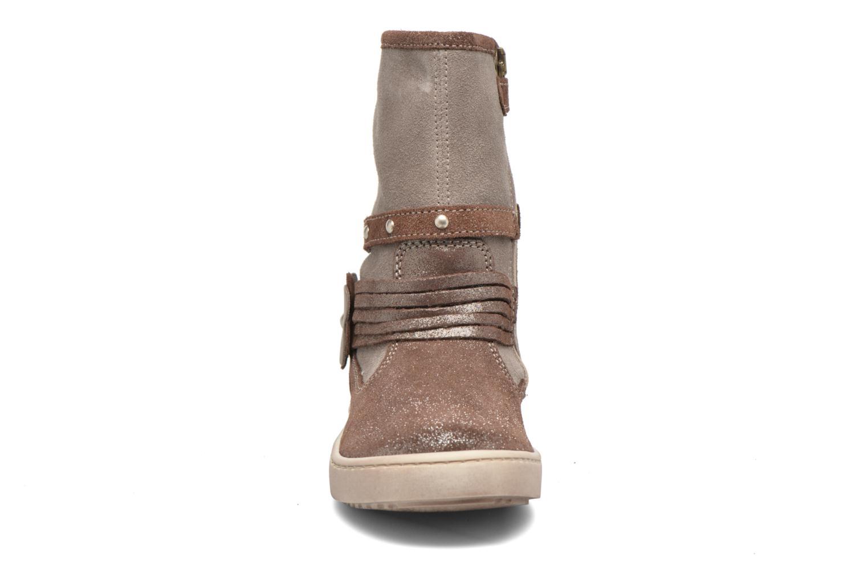 Bottes Primigi Clarabel Marron vue portées chaussures