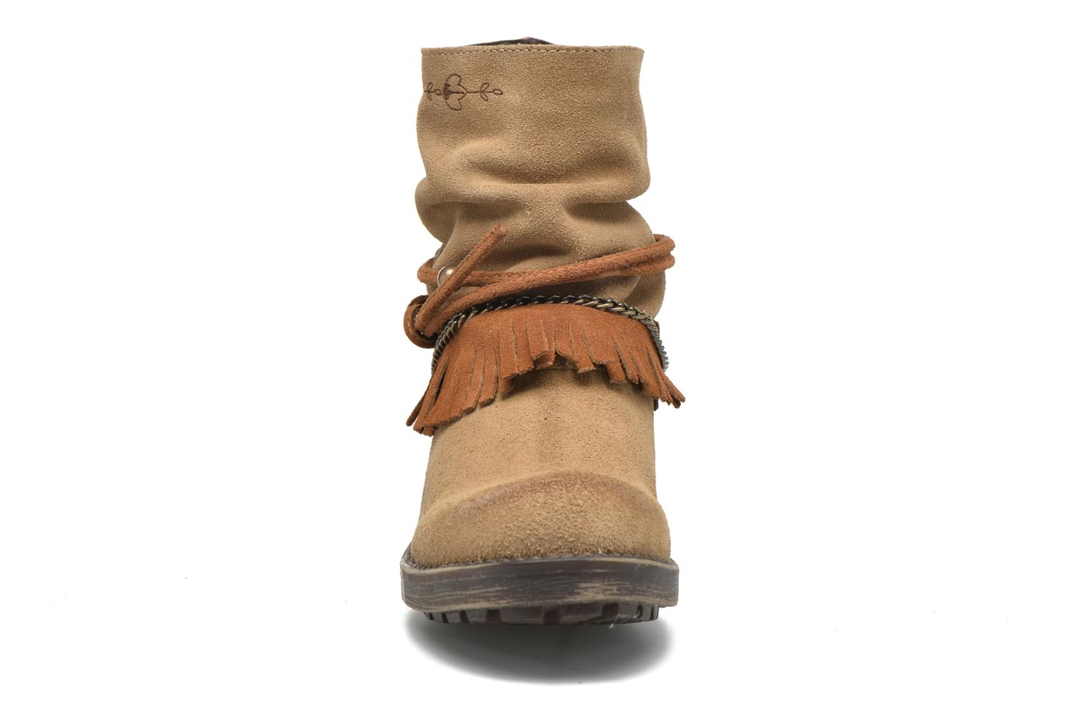 Ankle boots Coolway Belia Brown model view