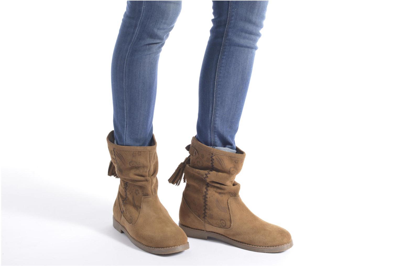 Stiefeletten & Boots Coolway Betina braun ansicht von unten / tasche getragen