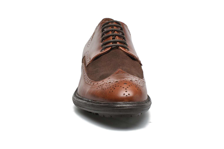 Schnürschuhe Marvin&Co Tamworth braun schuhe getragen
