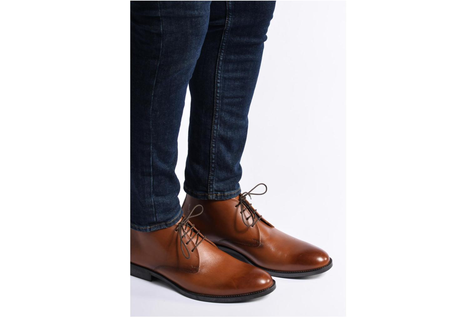 Ankle boots Marvin&co Tipton Brown view from underneath / model view