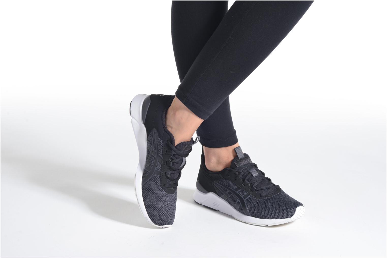Sneaker Asics Gel-Lyte Runner W schwarz ansicht von unten / tasche getragen