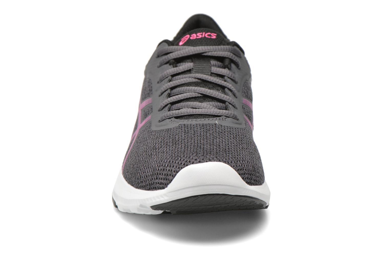 Chaussures de sport Asics Nitrofuze W Gris vue portées chaussures