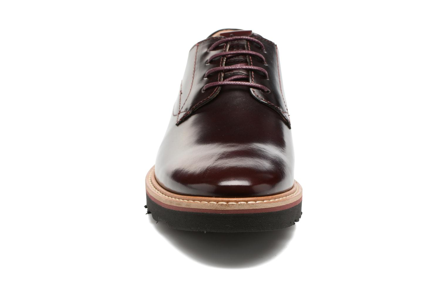 Lace-up shoes TBS Typhany Burgundy model view