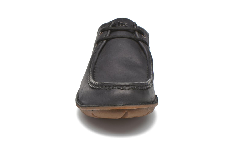 Scarpe con lacci TBS Yakari Nero modello indossato