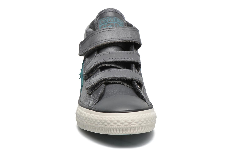 Sneaker Converse Star Player 3V Mid grau schuhe getragen