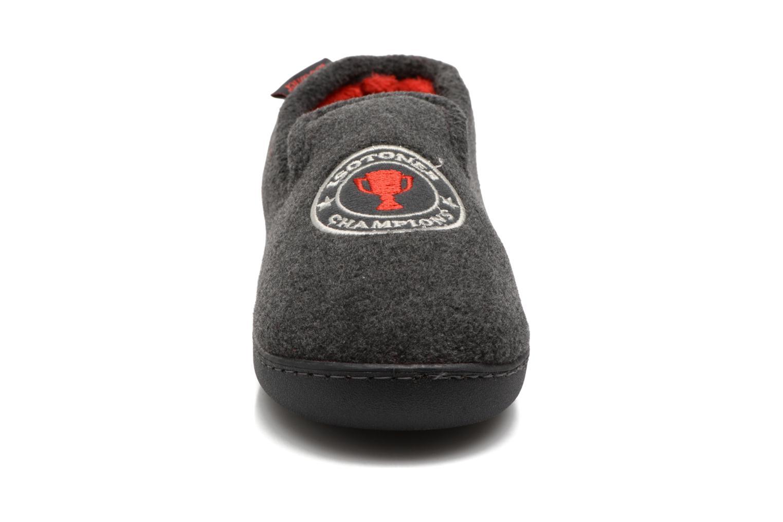 Chaussons Isotoner Charentaise Ergonomique Polaire Gris vue portées chaussures