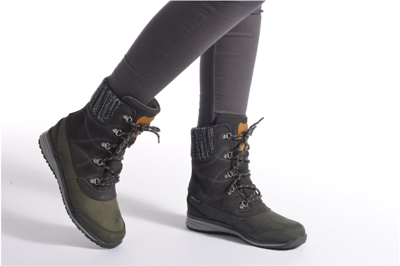 Chaussures de sport Salomon Hime Mid LTR CSWP Gris vue bas / vue portée sac