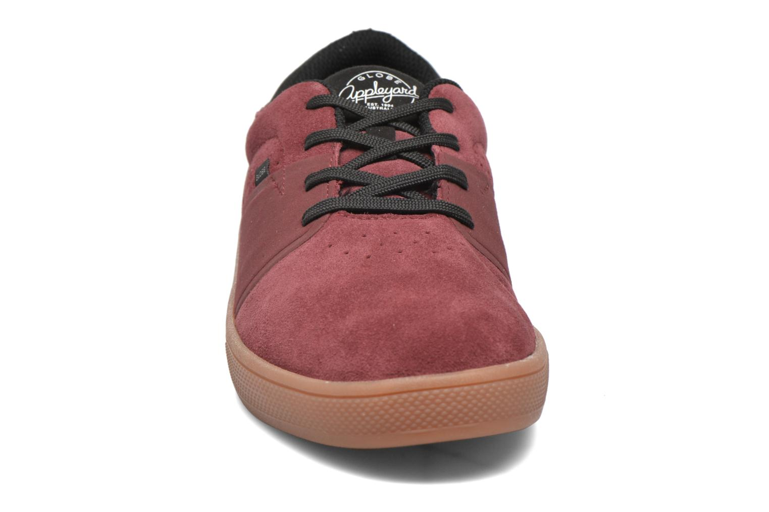Trainers Globe Mahalo SG Burgundy model view