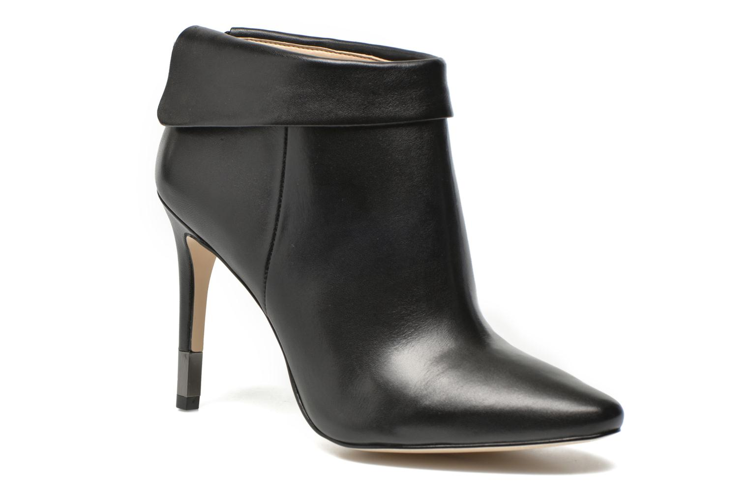 Ankle boots Guess Vena Black detailed view/ Pair view