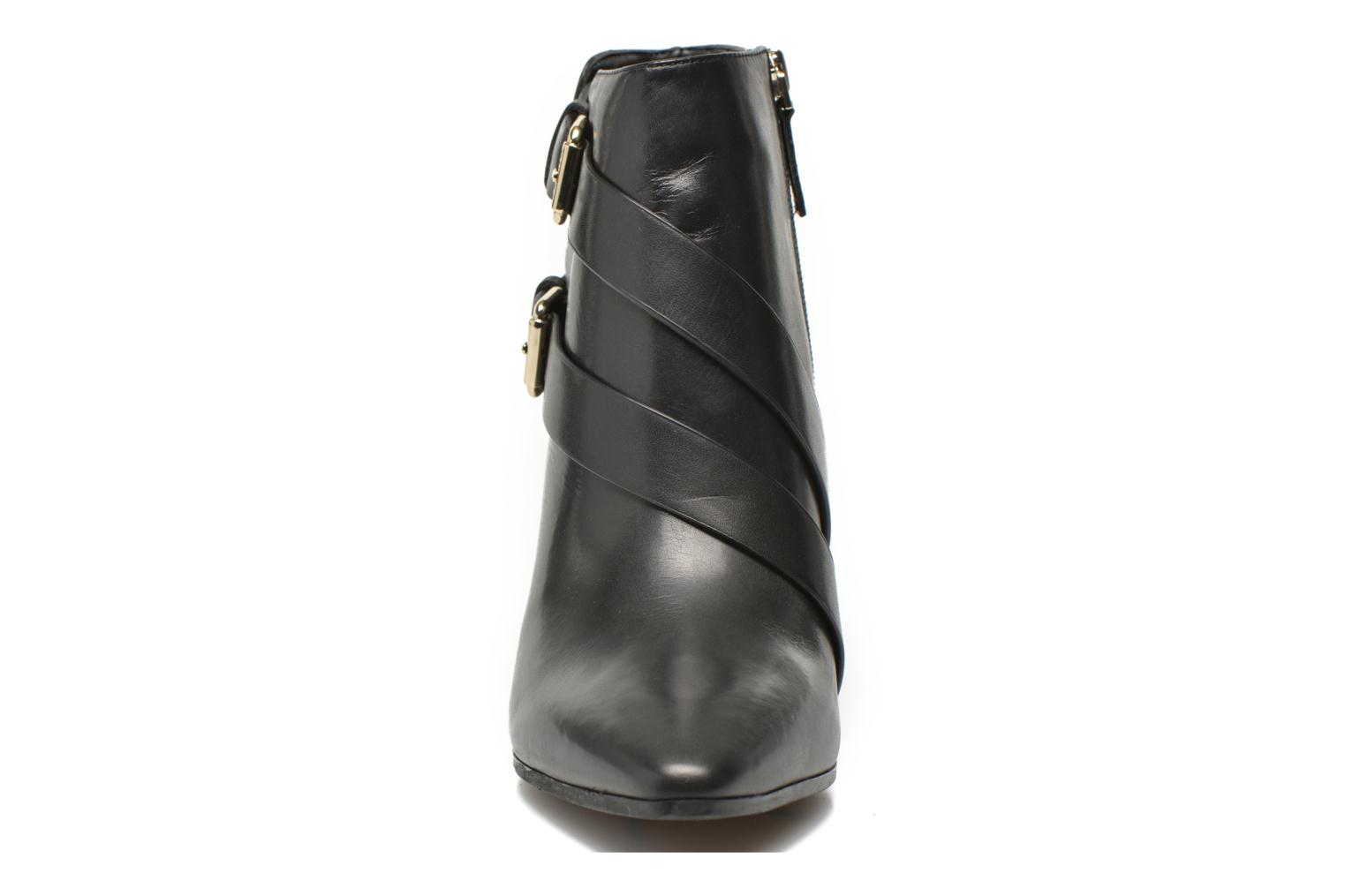 Ankle boots Guess Hea Black model view