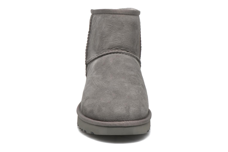 Boots en enkellaarsjes UGG W Classic Mini II Grijs model