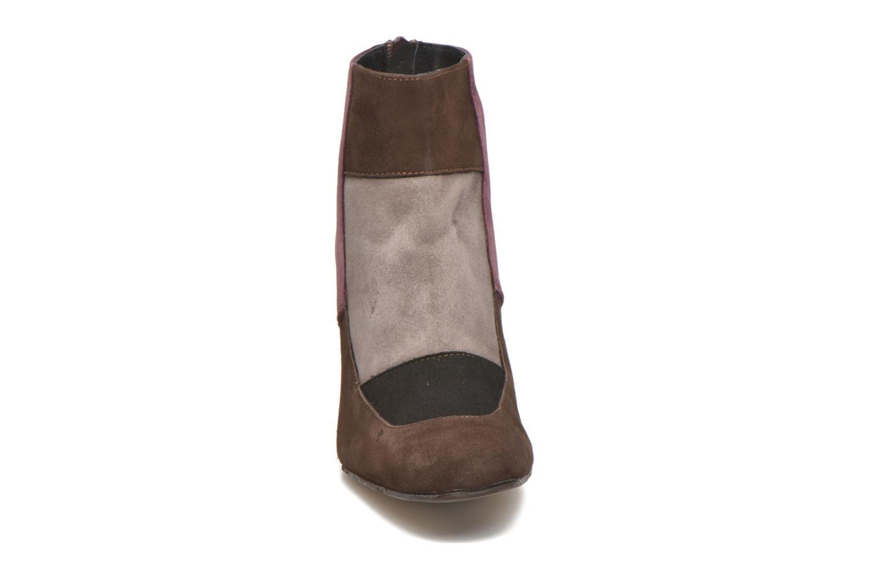 Ankle boots Elizabeth Stuart Gilou 300-4 Brown model view