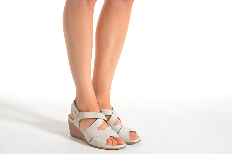 Sandales et nu-pieds Stonefly Athena 25 Gris vue bas / vue portée sac