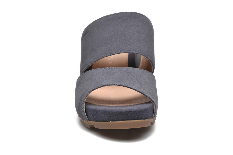 Mules et sabots Stonefly Anita 2 Velour Bleu vue portées chaussures