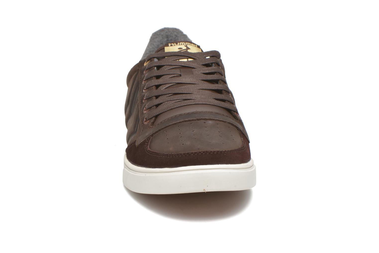 Baskets Hummel Ten Star Mono Oiled Low Marron vue portées chaussures