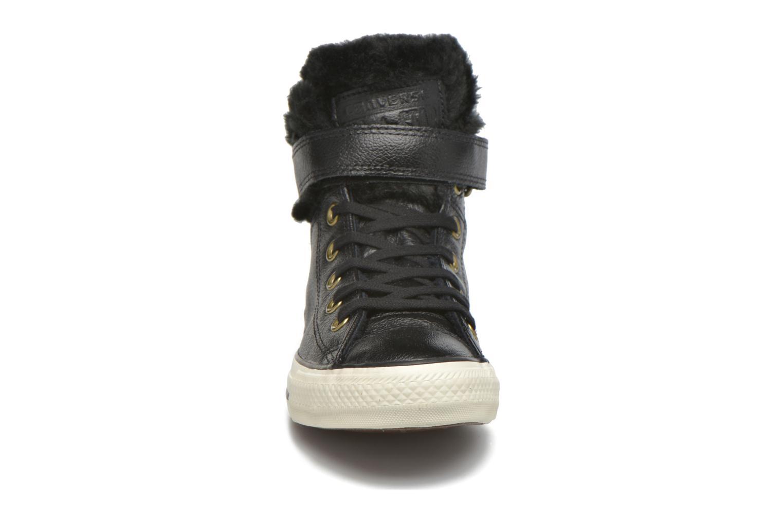 Baskets Converse Chuck Taylor All Star Brea Leather+Fur Hi Noir vue portées chaussures