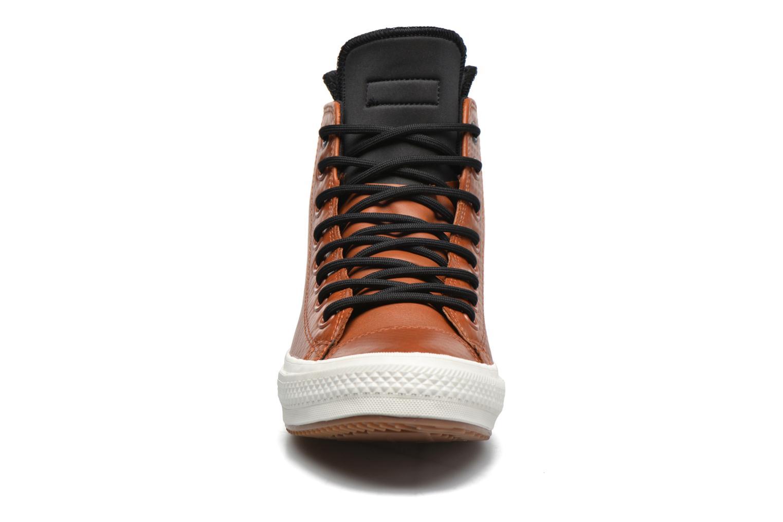 Baskets Converse Ctas II Boot Hi M Marron vue portées chaussures