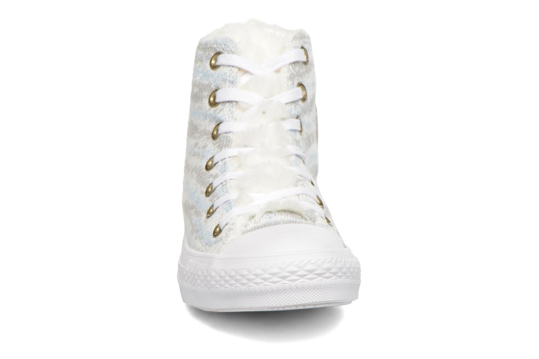 Baskets Converse Ctas Winter Knit+Fur Hi Blanc vue portées chaussures