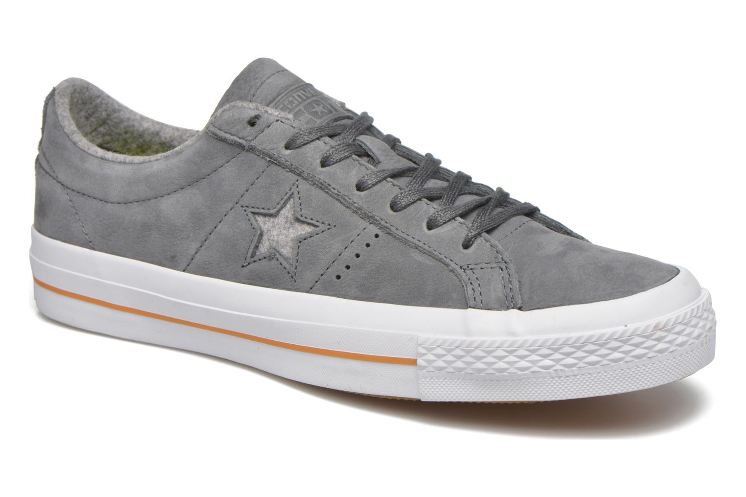 Trainers Converse One Star Nubuck Ox M Grey detailed view/ Pair view