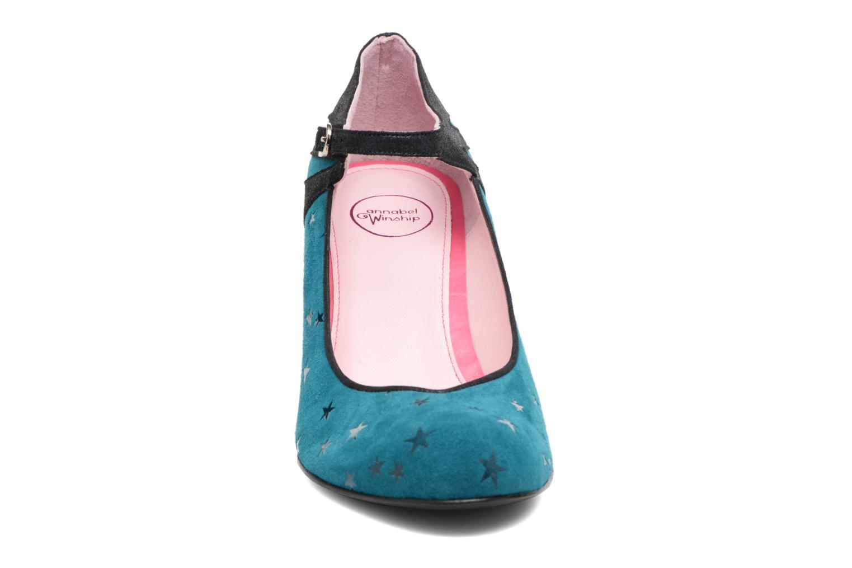 Zapatos de tacón Annabel Winship Stone Azul vista del modelo
