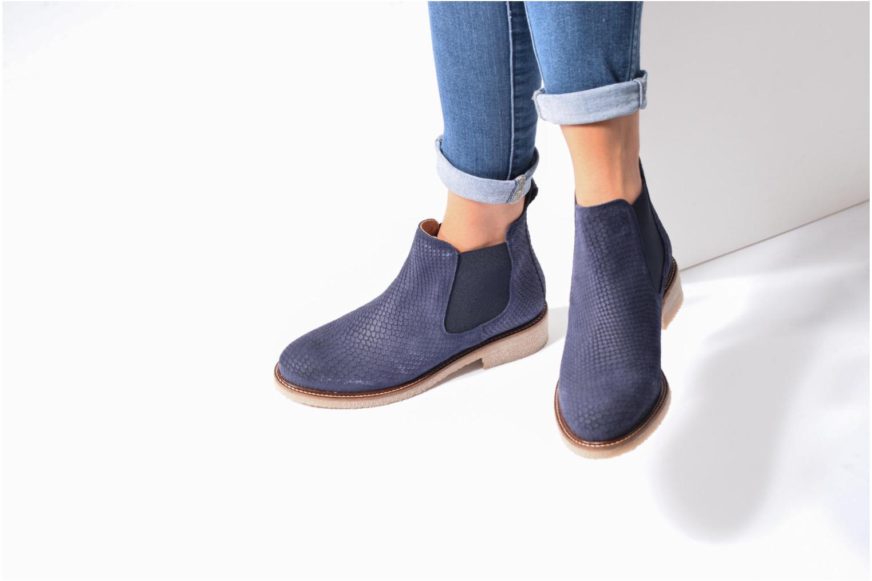 Boots semelle crepe Bleu Embossé Python