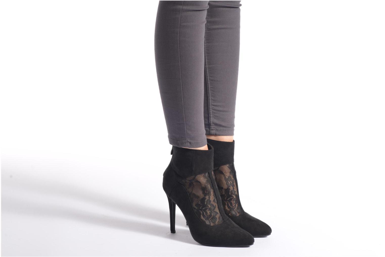Bottines et boots Molly Bracken Rosie Noir vue bas / vue portée sac