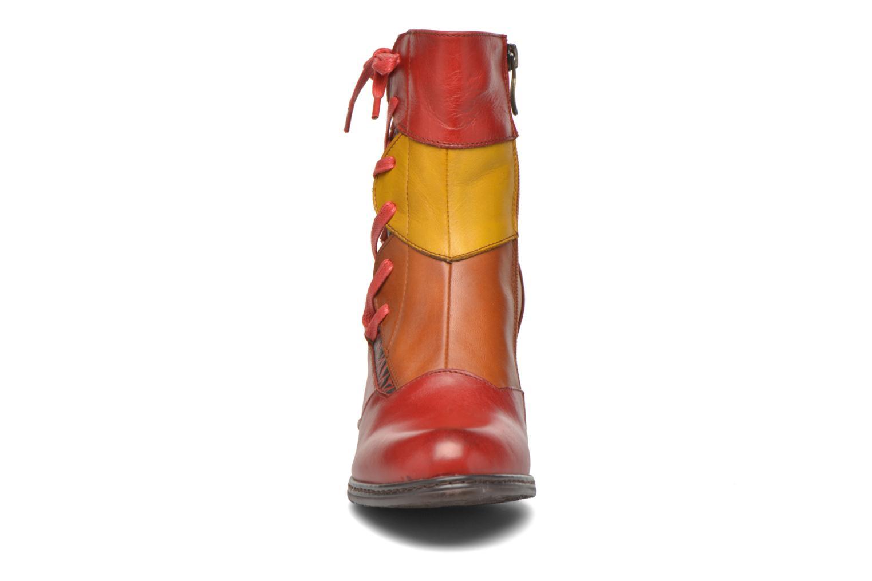 Bottines et boots Laura Vita Anabelle08 Rouge vue portées chaussures
