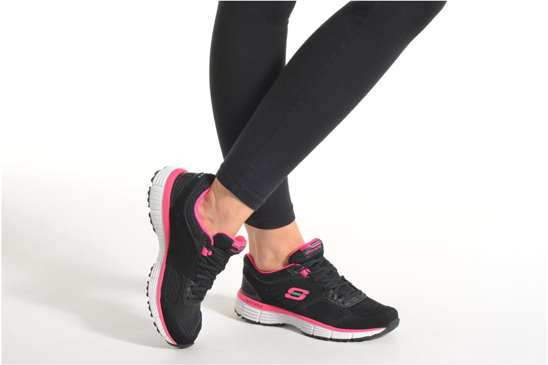 Sneaker Skechers Agility - Perfect FI schwarz ansicht von unten / tasche getragen
