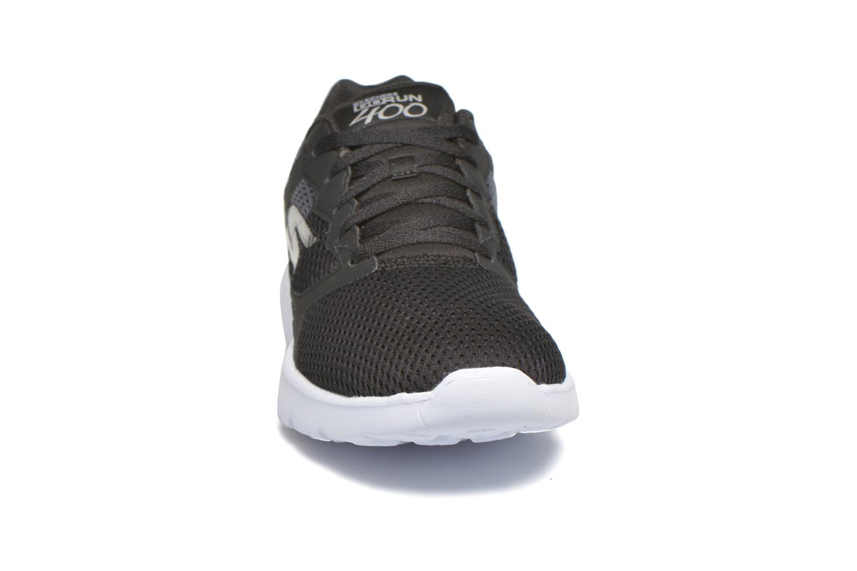 Sport shoes Skechers Go run 400 Black model view