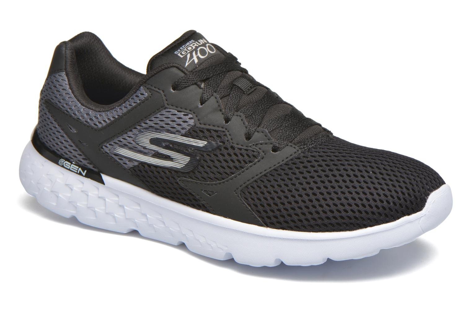 Go run 400 black /white