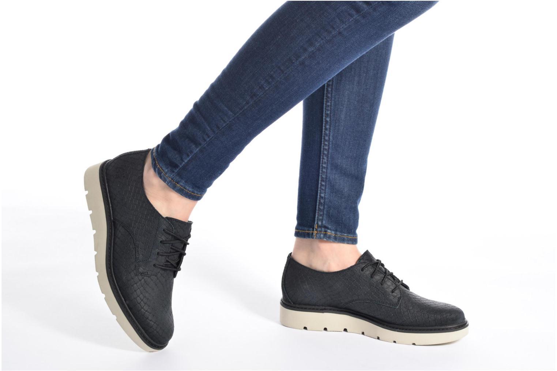 Chaussures à lacets Timberland Kenniston Lace Ox Noir vue bas / vue portée sac