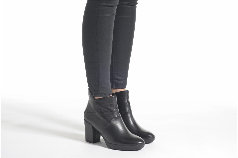 Bottines et boots Stonefly Oxy 6 Noir vue bas / vue portée sac