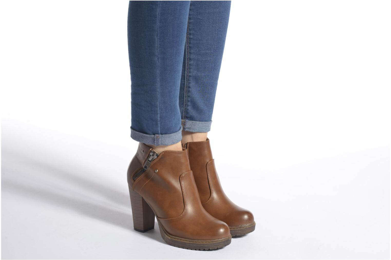 Ankle boots Eclipse Bottine Leo Brown view from underneath / model view