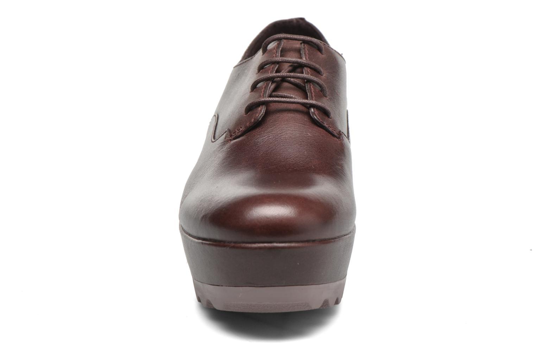 Chaussures à lacets Camper Laika K200289 Bordeaux vue portées chaussures
