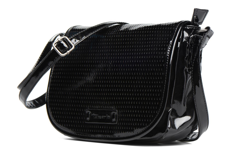 Handtaschen Tamaris ZORA Crossbody schwarz schuhe getragen