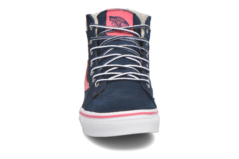 Baskets Vans SK8-Hi MTE K Bleu vue portées chaussures