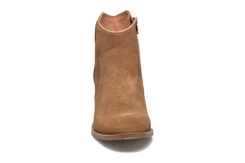 Ankle boots Jonak Dakota Brown model view