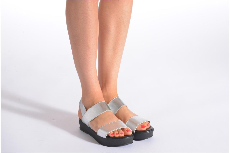 Sandales et nu-pieds Divine Factory Elano Argent vue bas / vue portée sac