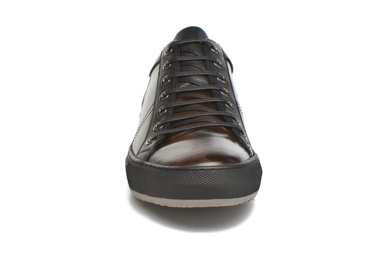 Baskets Karl Lagerfeld Karlito Noir vue portées chaussures