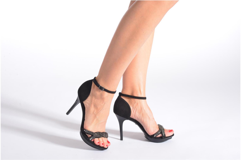 Sandales et nu-pieds Buffalo Mynas Noir vue bas / vue portée sac