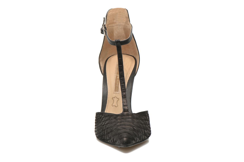 Escarpins Buffalo Grazia Noir vue portées chaussures