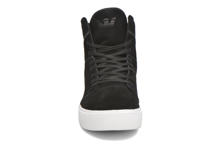 Baskets Supra Camino Noir vue portées chaussures