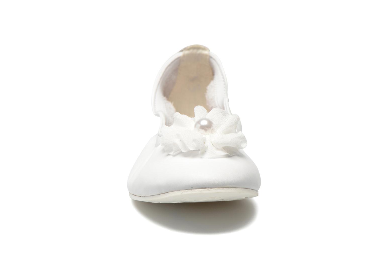 Ballerines Primigi Kayla 5 Blanc vue portées chaussures