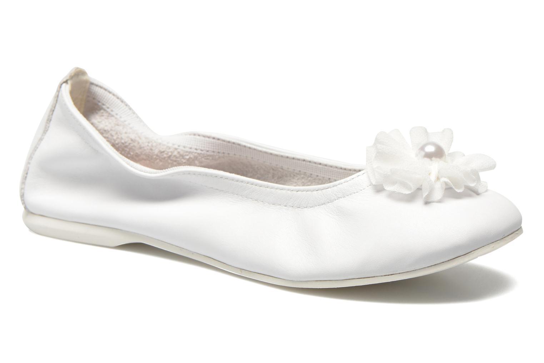 Ballet pumps Primigi Kayla 5 White detailed view/ Pair view