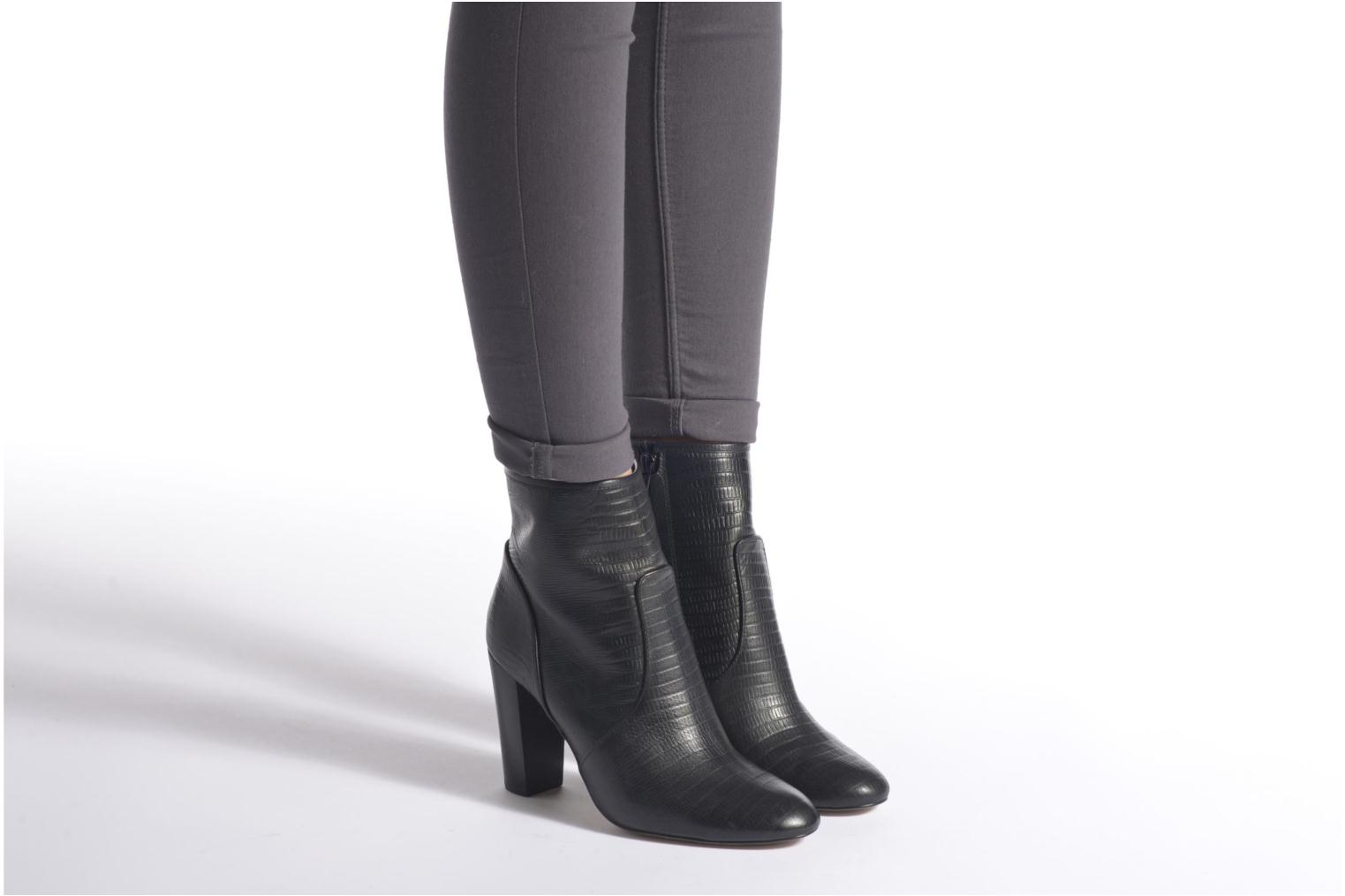 Ankle boots Mellow Yellow Anamaria Black view from underneath / model view