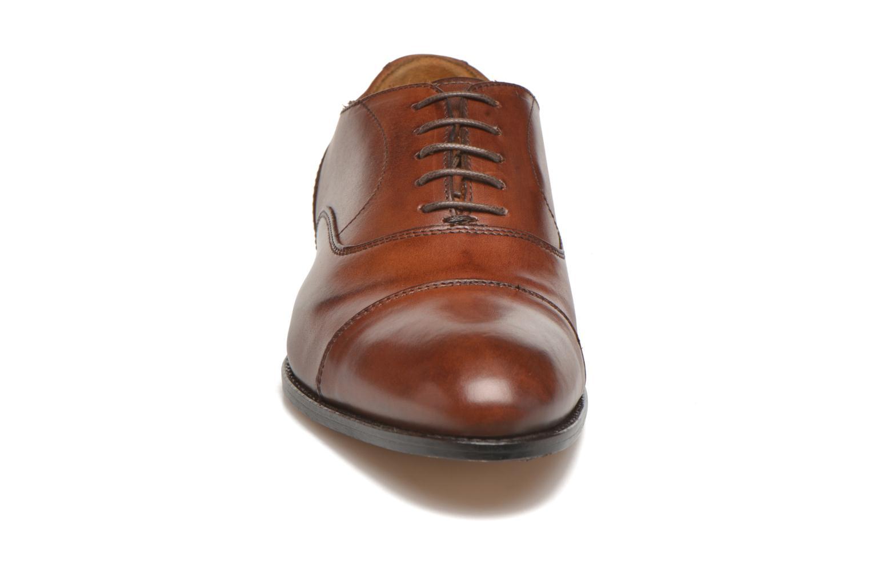 Scarpe con lacci Marvin&Co Nympsfield Marrone modello indossato